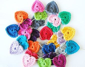 Crochet Hearts Garland XL - 28 hearts (1.75 inch)
