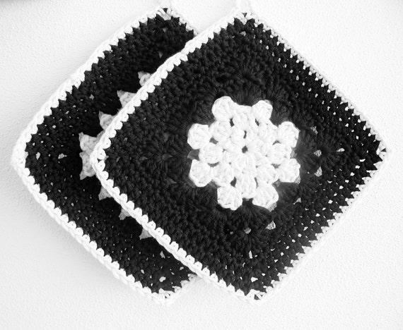 50% Sale - Crochet Potholders - Black Off-White - Set of 2