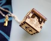 Underwater Locket - Octopus, Clownfish, Starfish, Seahorse, Anchor  Wooden Treasure Chest Necklace