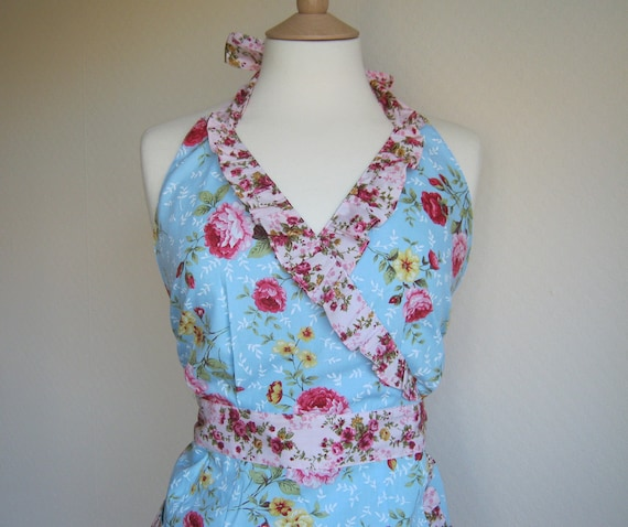 Retro apron Sweetie, vintage floral fusion pattern on blue fabric. 1950s inspired, fully lined.