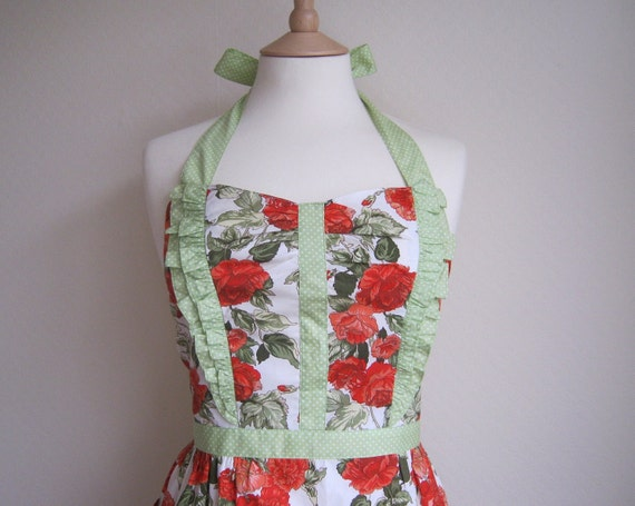 Retro apron with side ruffles, vintage orange floral pattern. 1950s vintage inspired, fully lined.