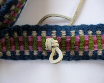 hand-woven wool guitar banjo strap