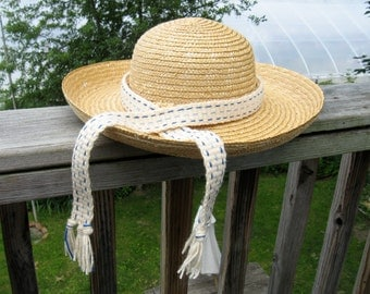 hand woven child's belt or hat band