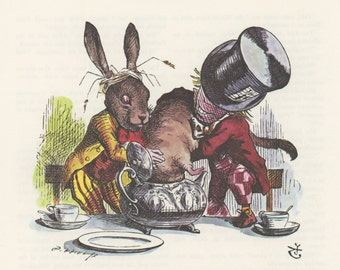 Mad Hatter And March Hare Stuff Mouse Into Tea Pot, Alice In Wonderland, Lewis Carroll, John Tenniel, USA, 1978, Antique Children Print