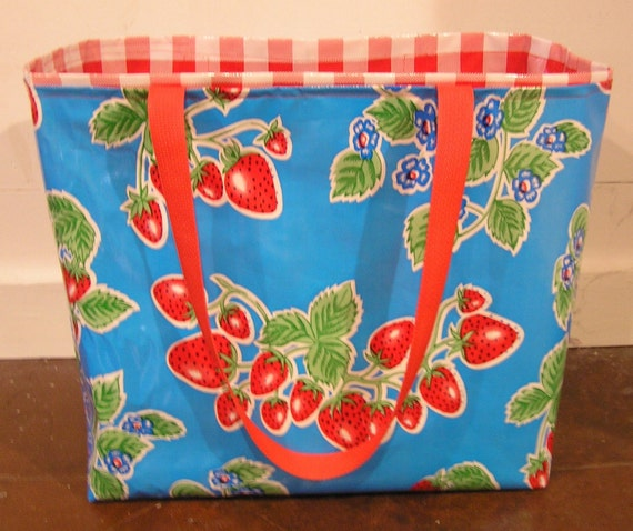 Sewing Pattern for a Large, Lined Oilcloth Tote Bag