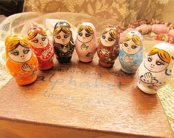 Wholesale-50 pcs-seven mixed colours for you-super cute Russian doll beads