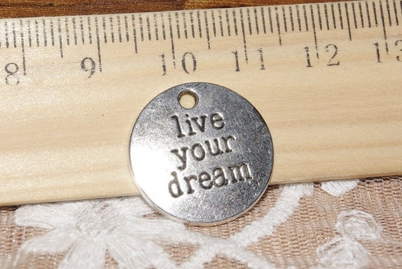20% Off-Live your dream charms-12  pcs -FZ469