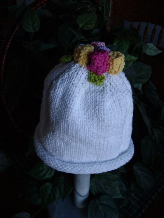 Children Girl's White Cotton Hat with Rosebuds