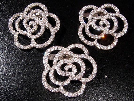 Rose Rhinestone brooch  - perfect for DIY brides or crafting