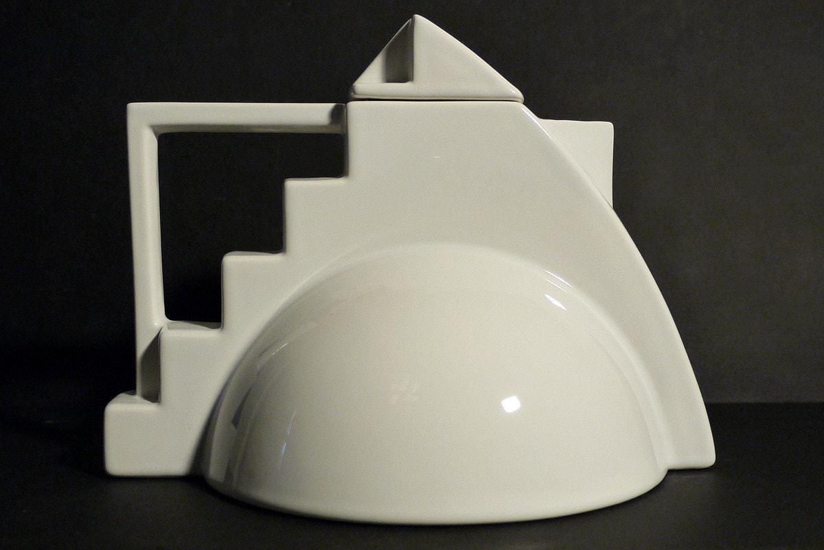Memphis art deco teapot by salins studio france for Art decoration france