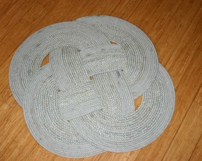 Many shades of Gray Silvery Rope Rug Just About 3 feet Round Nautical Beach Decor