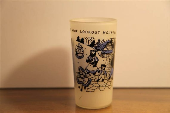 Vintage Rock City and Lookout Mountain Souvenir Drinking Glass with Cute Graphics