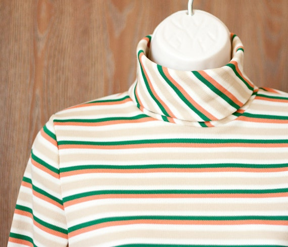 Vintage women's shirt: striped turtleneck in green, tan and salmon, size small