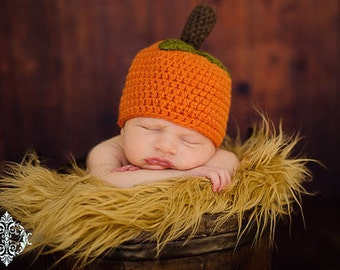 RTS -- Crochet pumpkin hat with stem and leaves - newborn - 3 months size - beanie style
