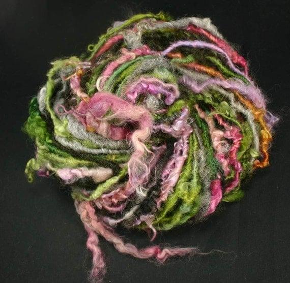Handspun art yarn: Nice Dream