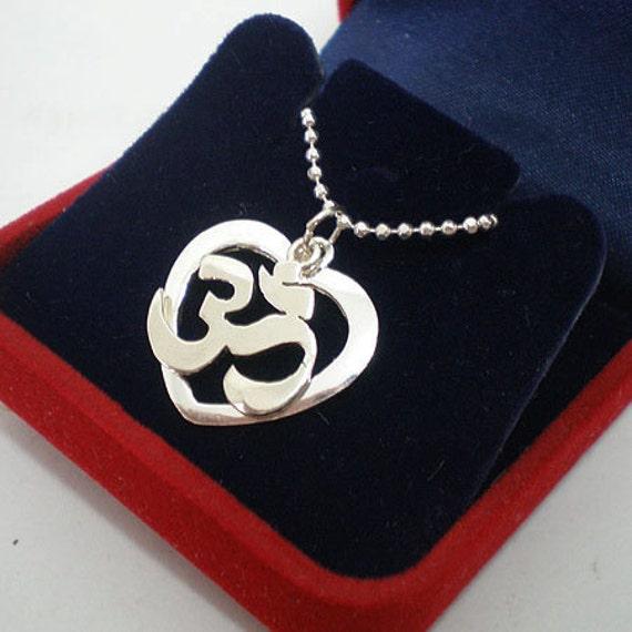 Love Heart Silver Yoga Om Necklace - Aum PendantJewelry - Om UK Symbol - Yoga Teacher Gift