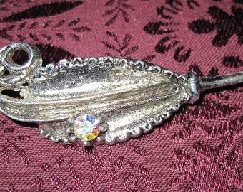 Vintage Antique Silver Finish Vintage Brooch