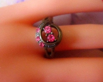 Vintage Bronze Ring With Pink Rhinestones - Size 8.25 - R-147