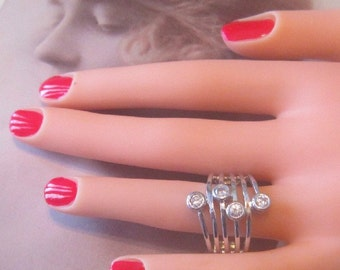 Vintage Silver Ring With Rhinestones - Size 8.25 - R-094