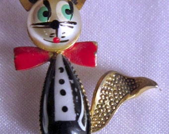 UNIQUE Vintage Christmas Mouse Brooch in Tuxedo