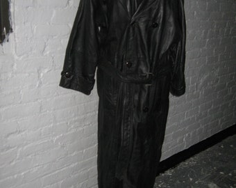 Men's double breasted black leather trenchcoat