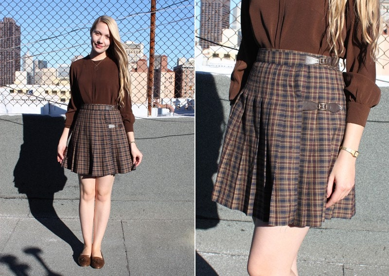 vintage 90's plaid pleated buckle mini skirt
