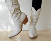 Vintage 1980s Off White Leather Slouch Cowboy Boots Womens Size 7.5