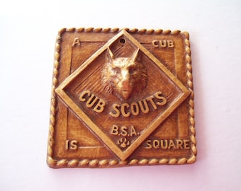 Vintage Cub Scouts Plaque With Wolf Head-- A Cub Is Square.