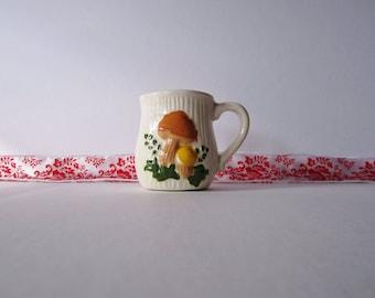 Vintage Ceramic Retro Mushroom Mug