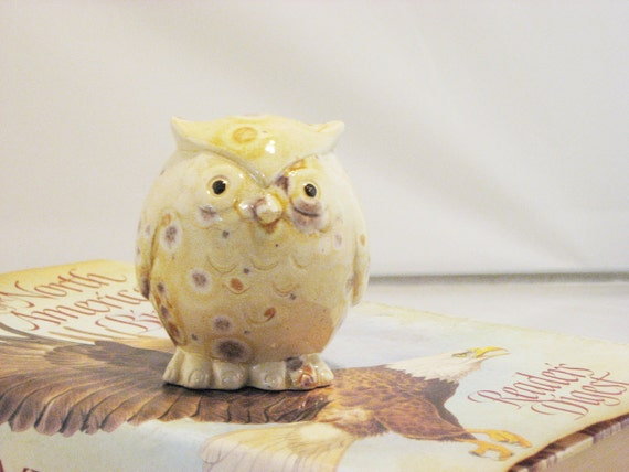 Owl figurine collectible ceramics hand painted home decoration. Autumn colors