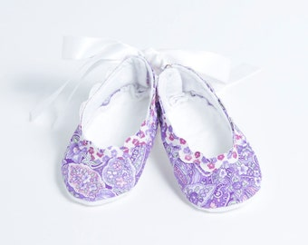 LOVELY LILAC-Purple, White, Paisley, Floral Ballet Style Baby Girl Booties