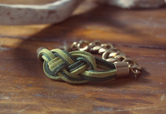 Sailor's Knot Bracelet - Olive and bottle green-colored suede and raw gold chain