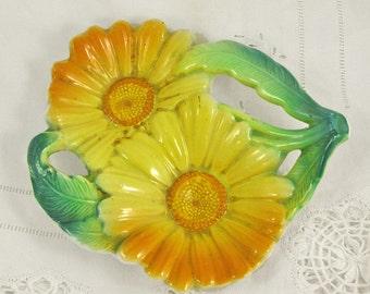 Vintage Platter - Yellow daisies - daisy