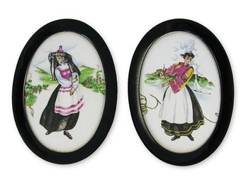 Sale - Reduced from USD18 - 2 Vintage Small Porcelaines Pictures