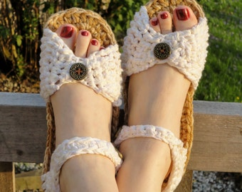 Crochet Pattern Sandals -------------style number 2 ----------------------- for indoor and outdoor wear