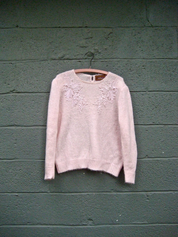 1980s sweater / beaded floral grape-vine lace pink