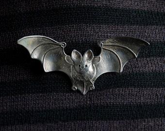 Bat Brooch - sterling silver - metal brooch