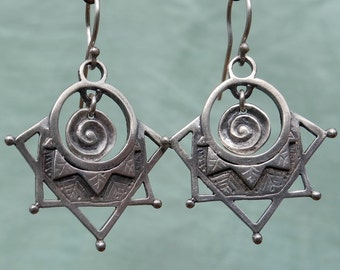 Forest Mandala Earrings - five point - tribal style earrings