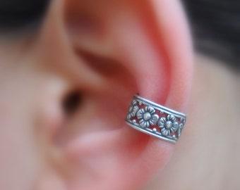 SALE - Ear Cuff - Sterling Silver Flower   Ear Cuff  - Non Pierced - Fake Conch Piercing - Conch Cuff