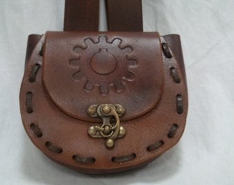 round leather accordion pouch