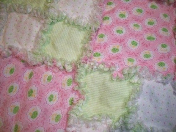 Flannel pink and green rag baby girl Quilt