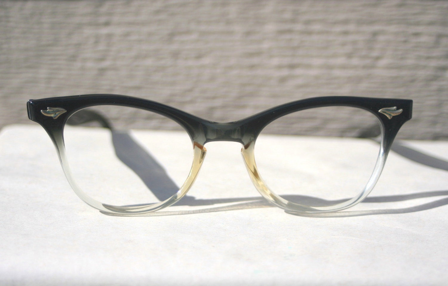 Two Tone Fade Cat Eye 1950s Eyeglasses Black to by DIAeyewear