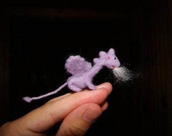 Felt dragon, felt toy, tiny felted dragon, soft sculpture, miniature dragon,  fairy tale animal, natural wool toy