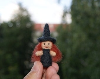 Needle felted Witch Helloween felted miniature soft sculpture
