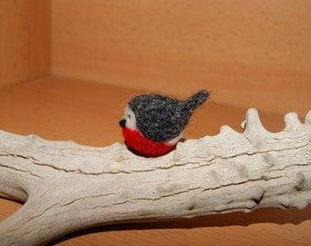 Needle felted bird, bird miniature, super tiny bird, robin miniature, felted bird, natural toys, soft sculpture