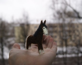 Felted horse, felted toy, miniature horse, farm animals, natural wool toy