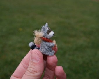 Needle felted raccoon miniature - wild animals
