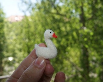 Felted swan, miniature swan, felt toys, natural wooll toys, white swan - READY TO SHIP