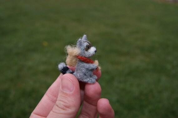Needle felted raccoon miniature - wild animals