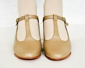 Vintage Leo's Beige T-Strap Mary Jane Leather Dance Heels Women's 6.5